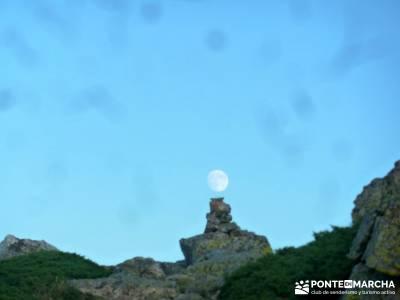 Maliciosa- Senderismo Luna Llena; parque nacional monfragüe orbaneja del castillo rutas monasterio